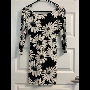 Forever 21 Black and White Daisy Bodycon Dress